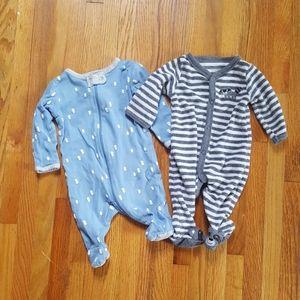 Set of 2 Onsies / sleepers Newborn